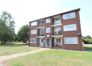 Thumbnail 2 bedroom flat for sale in Coles Road, Milton, Cambridge
