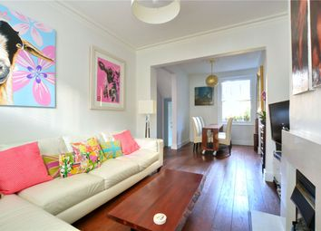 Thumbnail 2 bed flat to rent in Quentin Road, London