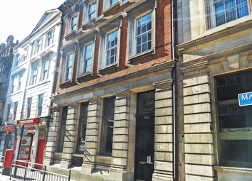 2 bed flat to rent in Lloyds Chambers, Market Place HU1