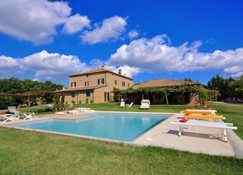 Thumbnail 18 bed country house for sale in Borgo Il Balzello, Pienza, Siena, Tuscany, Italy