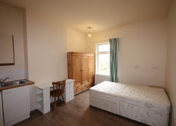 Thumbnail 6 bed shared accommodation to rent in Avenue Road, Erdington, Birmingham