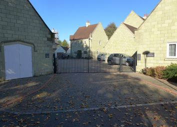 Thumbnail 2 bedroom flat to rent in Castle Gardens, Bimport, Shaftesbury