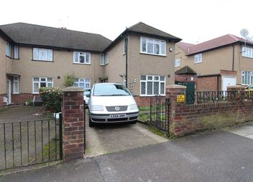 Thumbnail 3 bedroom flat to rent in Elm Park, Stanmore