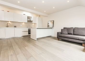 Thumbnail 2 bed flat for sale in Hemnall Street, Epping