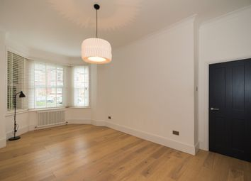 Thumbnail 3 bed maisonette to rent in Newlands Park, London