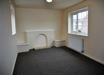 Thumbnail 2 bed property to rent in Gilbert Street, Holyhead