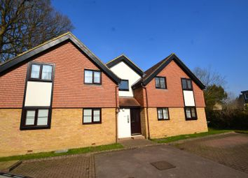Thumbnail 1 bedroom flat to rent in The Woodlands, Smallfield, Horley