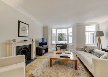 2 bed flat for sale in Lamont Road, London SW10