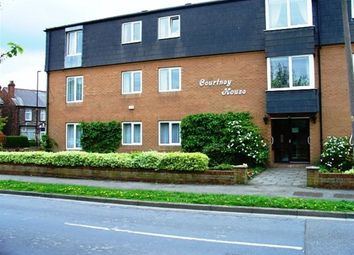 Thumbnail 2 bed flat to rent in The Courtneys, Selby