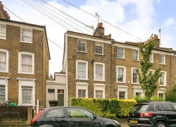 Thumbnail 2 bed flat for sale in Horton Road, London Fields