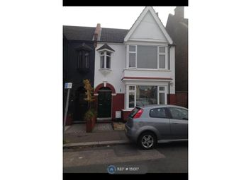 Thumbnail 2 bed flat to rent in Leighton Avenue, Leigh-On-Sea