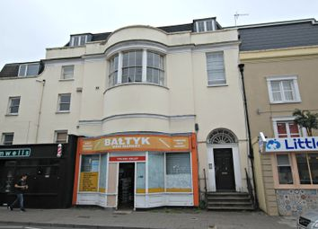 Thumbnail 1 bed flat to rent in High Street, Cheltenham