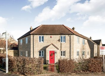 4 bed detached house for sale in Bluebell Way, Carterton OX18
