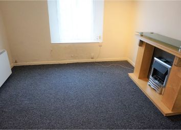 Thumbnail 2 bedroom flat to rent in Cavern Road, Torquay
