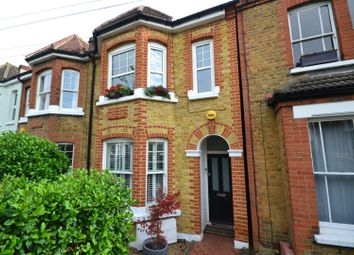 Thumbnail 2 bed flat for sale in Hamilton Road, Wimbledon