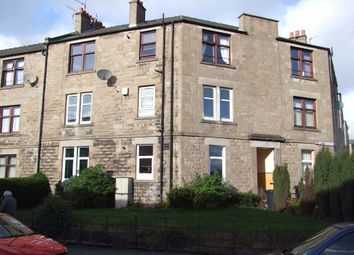 2 bed flat to rent in Wedderburn Street, Dundee DD3