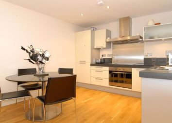 Thumbnail 1 bed flat to rent in Forbury Road, Reading