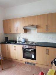 Thumbnail 2 bed flat to rent in Oxford Road, Top Flat, Southsea
