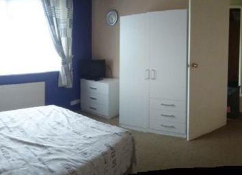 Thumbnail Room to rent in Beccles Close, Hamworthy