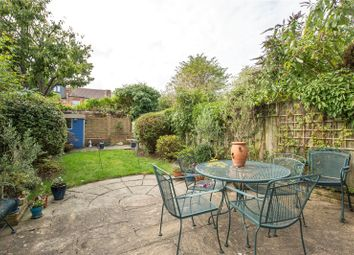 Thumbnail 4 bed property for sale in Clifton Road, Finchley, London