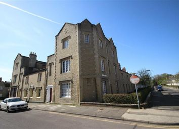 Thumbnail 1 bed flat for sale in Emlyn Square, Swindon