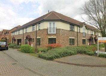 2 bed flat to rent in Langmuir Court, Shenley Lodge, Milton Keynes MK5