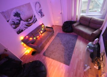 Thumbnail 4 bed shared accommodation to rent in Raven, Hyde Park