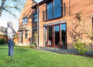 Thumbnail 2 bed flat for sale in Midwinter Avenue, Milton, Abingdon