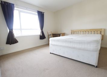 Thumbnail 2 bed flat to rent in Tandridge Court, Sutton