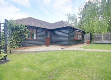 Thumbnail 1 bed detached bungalow to rent in Chipperfield Road, Kings Langley