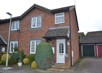 Thumbnail 2 bed property for sale in Peasmead, Buntingford