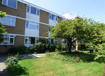 Thumbnail 2 bedroom flat to rent in Boreham Holt, Elstree, Borehamwood