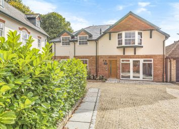 Thumbnail 1 bed flat to rent in Middle Street, Shere, Guildford