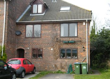 5 bed terraced house to rent in Berkeley Close, Polygon, Southampton SO15