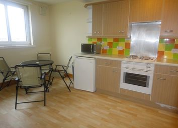 Thumbnail 2 bedroom flat to rent in Lenzie Way, Glasgow