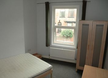 Thumbnail Room to rent in Garden Lane, Chester