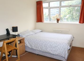 Thumbnail 3 bedroom shared accommodation to rent in Churchill Gardens, London