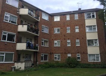 Thumbnail 3 bed flat to rent in High Road, Buckhurst Hill