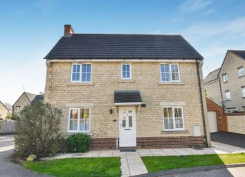 Thumbnail 3 bed detached house for sale in Dunnock Close, Bicester