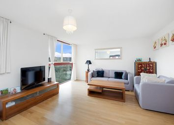 Thumbnail 1 bed flat to rent in Leeward Court, Asher Way, Wapping, London