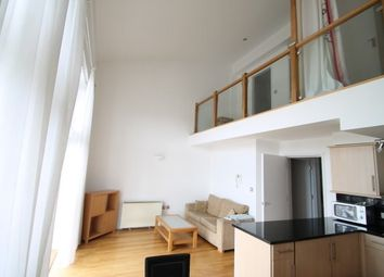 3 bed penthouse to rent in Calderwood Street, London SE18