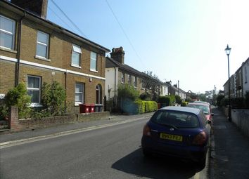 2 bed maisonette to rent in Alpha Street South, Slough SL1