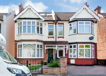 5 bed semi-detached house to rent in Audley Road, London NW4