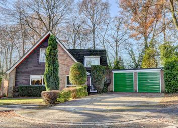 Thumbnail 4 bed detached house for sale in Olivers Paddock, Marlow