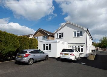 1 bed flat to rent in Rayleigh Road, Eastwood, Leigh-On-Sea SS9