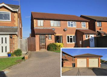 Thumbnail 3 bed town house for sale in Otter Lane, Worcester