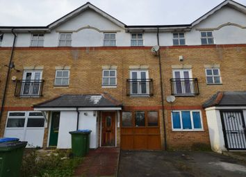 Thumbnail 4 bedroom detached house for sale in Lakeside Avenue, London