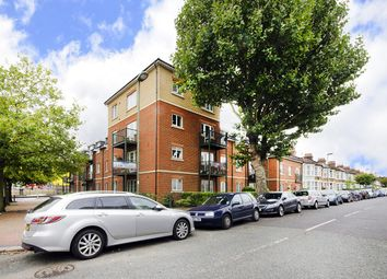 Thumbnail 2 bed flat to rent in Connections House, 2 Glebe Road, Finchley