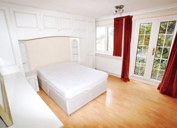 Thumbnail Room to rent in Collins Cross, Bishop's Stortford