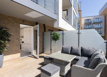 Thumbnail 1 bedroom flat for sale in Station Road, New Southgate